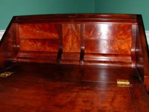 lauren desk 011