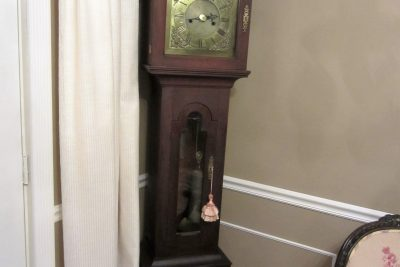 Old Jacobs Tavern Clock